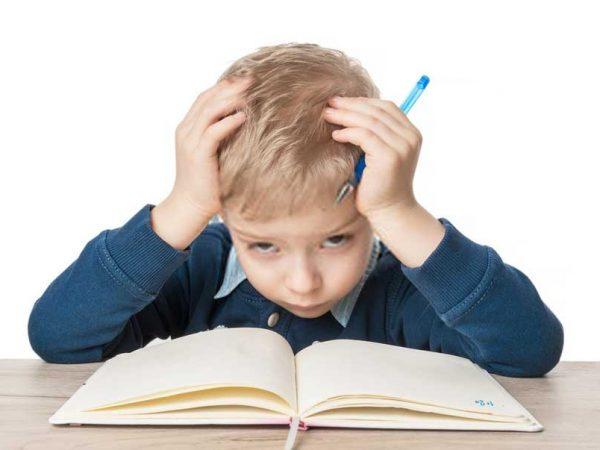Ibu Wajib Tahu ! Ini Solusi Tepat Bujuk Anak yang Susah Belajar