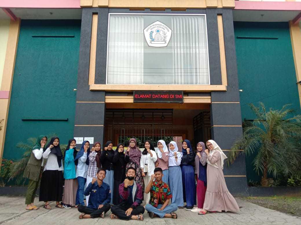 Pelatihan Public Speaking Untuk Seluruh Pengurus OSIS SMK Bhakti Kencana Ciawi Masa Bakti 2021-2022