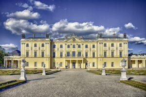 Istana Megah